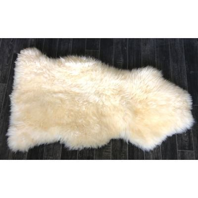 La wishlist de youmakefashion cdiscount - Tapis imitation peau de mouton ...