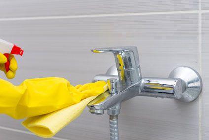 Comment Bien Nettoyer La Douche comment nettoyer une cabine de douche ? - cdiscount