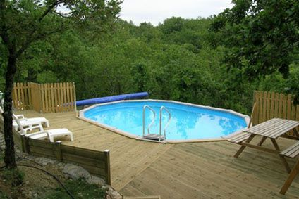 Peut on enterrer une piscine hors sol cdiscount for Piscine en bois a enterrer