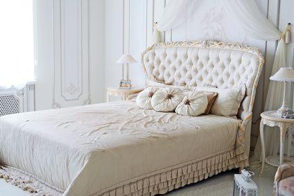comment fixer une t te de lit cdiscount. Black Bedroom Furniture Sets. Home Design Ideas